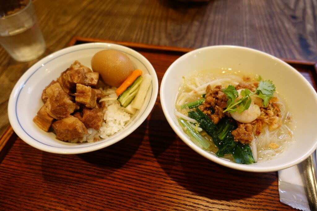 魯肉飯とビーフンのセット
