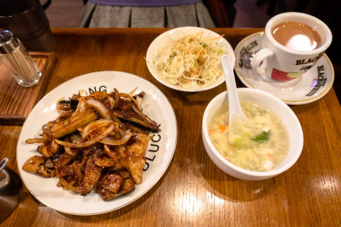 香港華記茶餐廳
